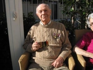 Lansdowne Gardens residents commemorate ANZAC Day